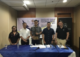 Present during the contract signing are: (L-R) Louise Ortiz (Harley-Davidson, Cebu), Franco Soberano (Cebu Landmasters), Erickson Ong (Batch '92 President), Mark Garcia (Batch '92 Golf Chairman), Kenneth Huan (Mercedes-Benz, Cebu)