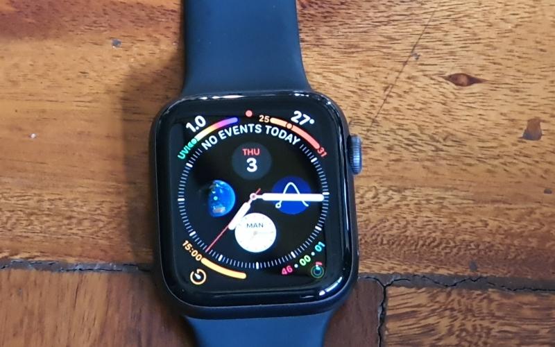 Smart/Fitness Watch